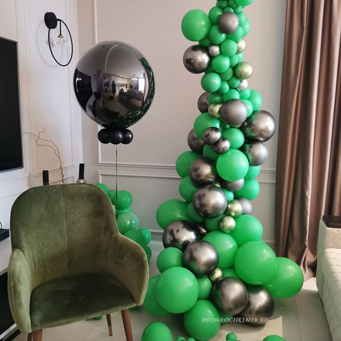 Фотозона с зеленой гирляндой